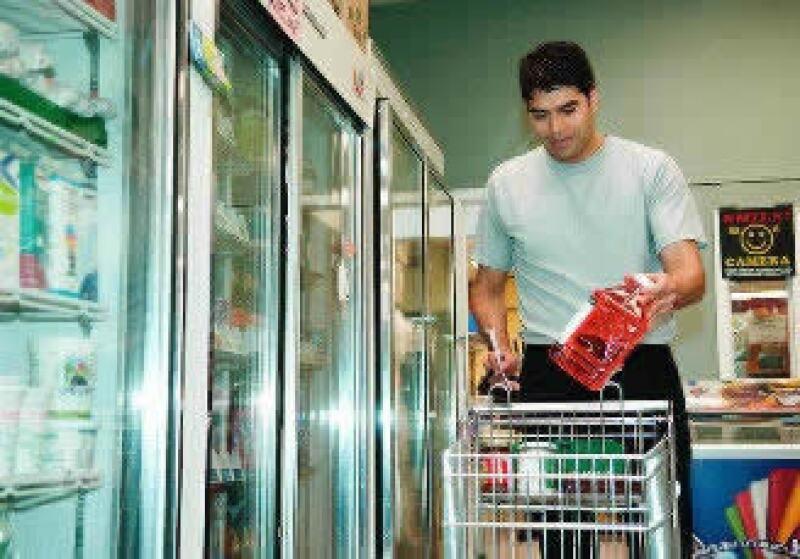 La confianza del consumidor mejora mes a mes. (Foto: Jupiter Images)