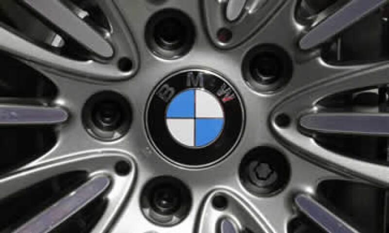 BMW dijo que países como Noruega y EU dsarrollan mecanismos para que la gente adquiera autos eléctricos. (Foto: Reuters)