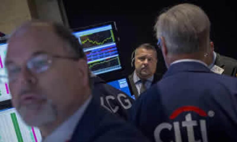 El S&P perdía 0.10% en el inicio de la jornada de este lunes. (Foto: Reuters)