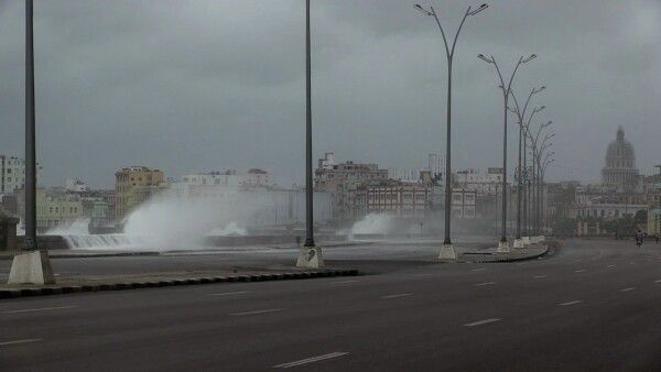 La Habana en alarma y Miami evacuada por el huracán Irma