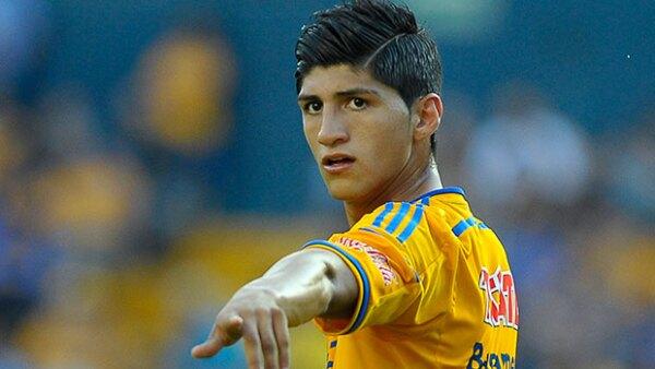 Autoridades de Tamaulipas aseguraron que el detenido es esposo de una prima del futbolista, y también se encontraba en la fiesta a la que acudió el jugador esa noche.