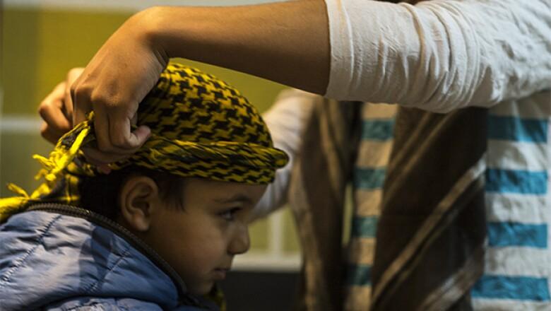 El pequeño Qusay es el más joven de la familia siria, que conserva su cultura y tradiciones.