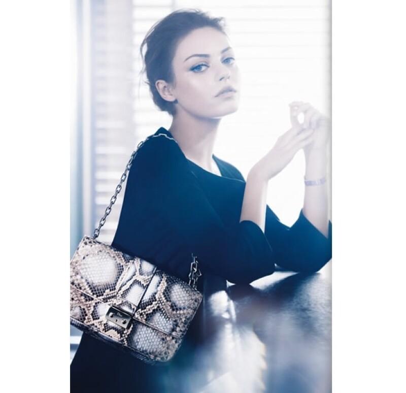 La actriz se convirtió en embajadora de Christian Dior, tal com lo hiciera su coestrella en `El cisne negro´ Natalie Portman.