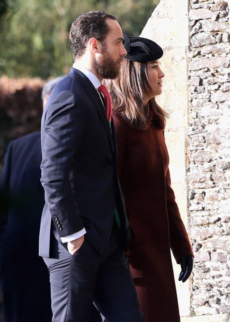 Los hermanos de Kate, James y Pippa Middleton, también estuvieron presentes en el servicio.