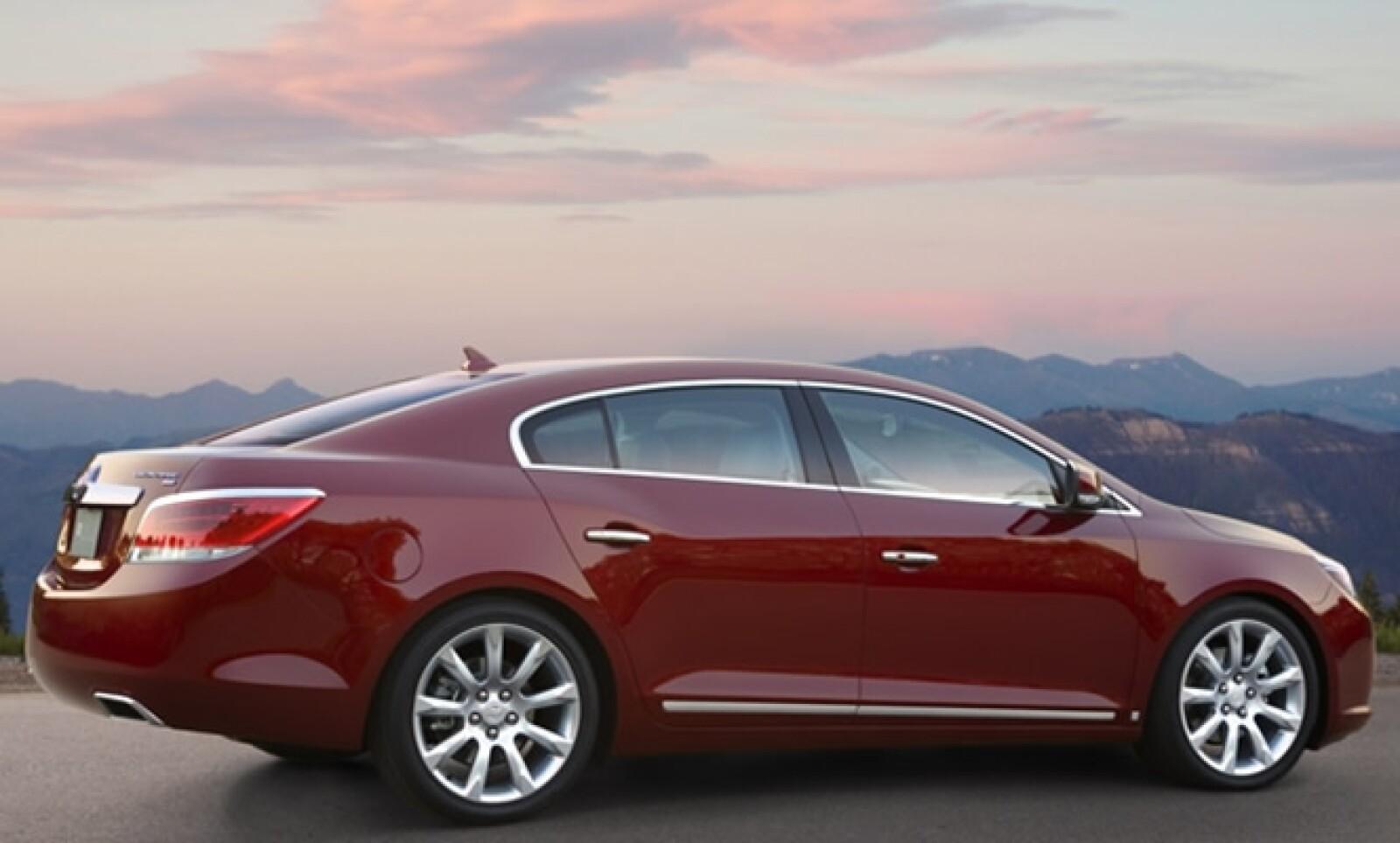 LaCrosse se fabrica en la reconocida planta Fairfax de General Motors en Kansas y su precio es de $540,000 pesos.