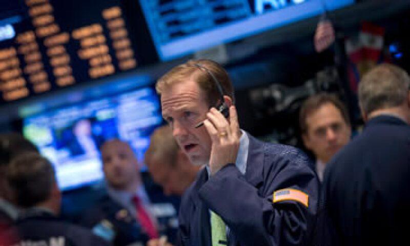 El Dow Jones y el S&P 500  pasaron a terreno positivo tras los comentarios de Janet Yellen.  (Foto: Reuters)