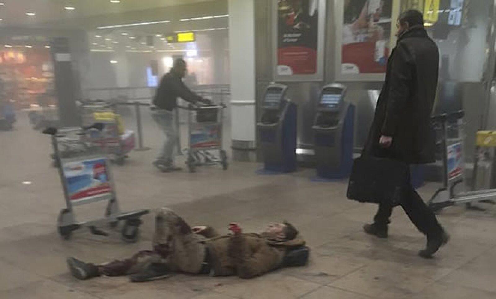 El grupo terrorista ISIS se atribuyó los ataques.