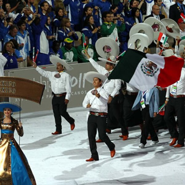 El gobernador de Jalisco, Emilio González, llamó a los atletas a tener una América unida y dejar atrás los odios, durante su intervención en la apertura.