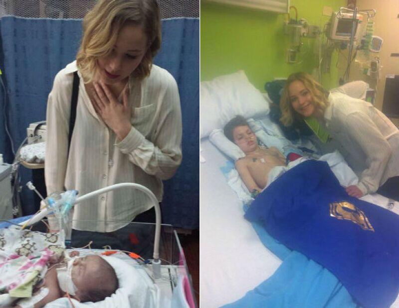 La actriz mostró su lado más humanitario al hacer una visita en perfil bajo a un hospital en Kentucky, donde alegró el día a los pequeños que no pudieron tener una Navidad en casa.