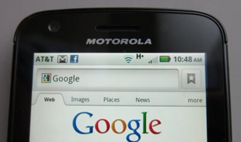 Nombres como Googmoto o Moogle, fueron los propuestos por los lectores de CNNExpansión, para el primer móvile de la alianza Google-Motorola. (Foto: Reuters)