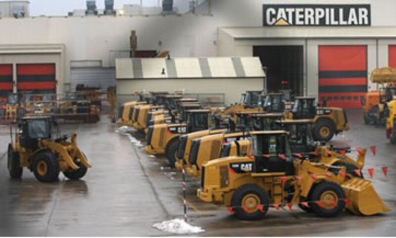 Caterpillar dijo que los costos son tan altos que sería más barato importar las máquinas antes que producirlas en la fábrica belga. (Foto: AP)