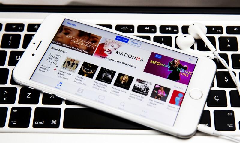 El servicio de Apple se vería beneficiado con los contenidos exclusivos de la red de música del rapero Jay Z.