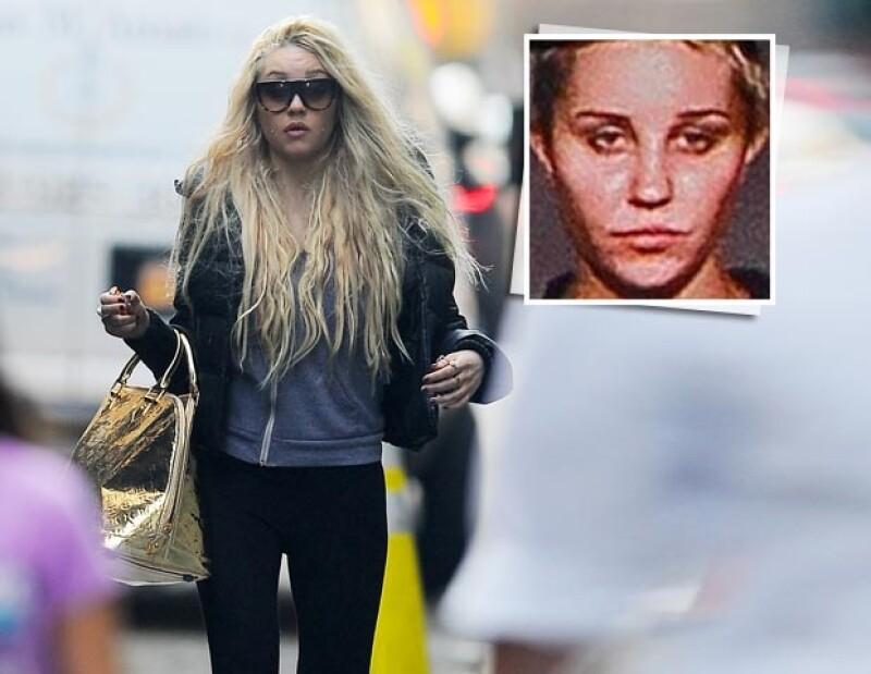 Tras ser arrestada por presunto consumo ilegal de marihuana, la actriz negó las acusaciones en Twitter y aseguró que un policía tocó sus genitales durante el proceso de detención.