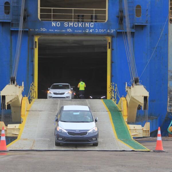 Las primeras unidades del modelo Forte que KIA Motors México venderá en el país llegaron el pasado viernes al puerto de Lázaro Cárdenas, procedentes de Corea del Sur.
