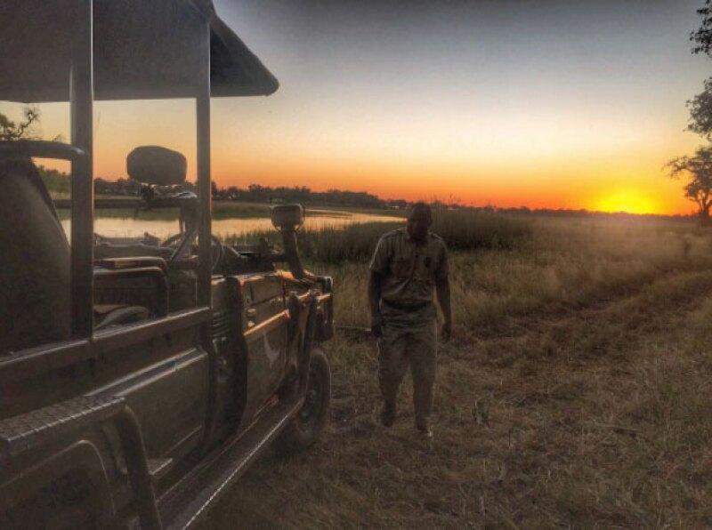 La pareja se encuentran en el Xaranna Okavango Delta Camp.