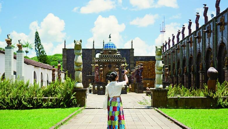 El museo dedicado al ceramista más importante de Brasil es un destino obligado. En los 10 mil metros cuadrados que abarca se observan sus esculturas, que también están en el patio interior llamado Salón de las Esculturas, y sus más de 300 pinturas.