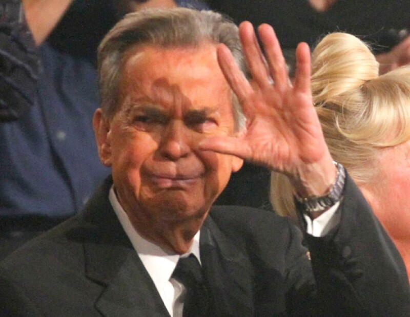 El legendario presentador de televisión murió a los 82 años de edad. Fue una de las personalidades del espectáculo más respetadas.