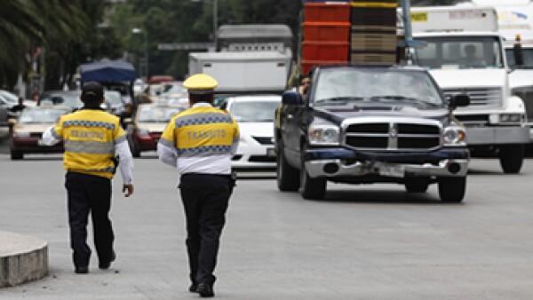 La Canacope señala que el Hoy No Circula farovece la corrupción.  (Foto: Cuartoscuro)