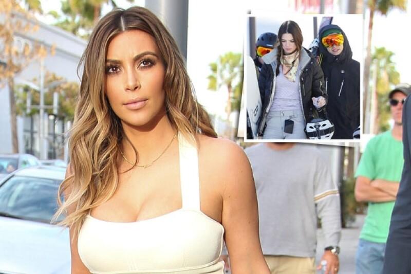 La estrella televisiva Kim Kardashian y sus hermanas, Kourtney y Khloé, han aconsejado a su media hermana que no se involucre demasiado con el cantante de One Direction
