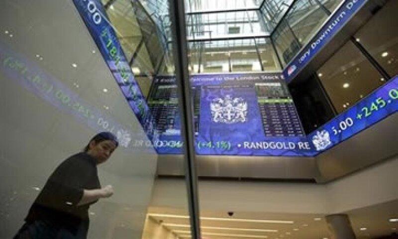 Tras el anuncio de Bernanke, el rendimiento de los bonos del Tesoro a 10 años alcanzó un máximo de 15 meses.  (Foto: Reuters)