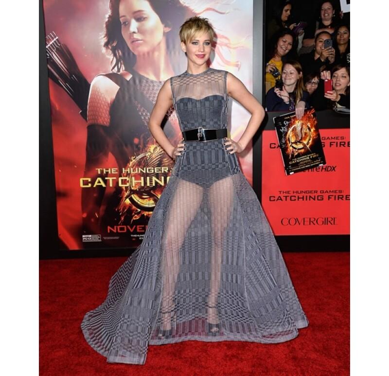 La actriz usó un vestido que no le favoreció demasiado.
