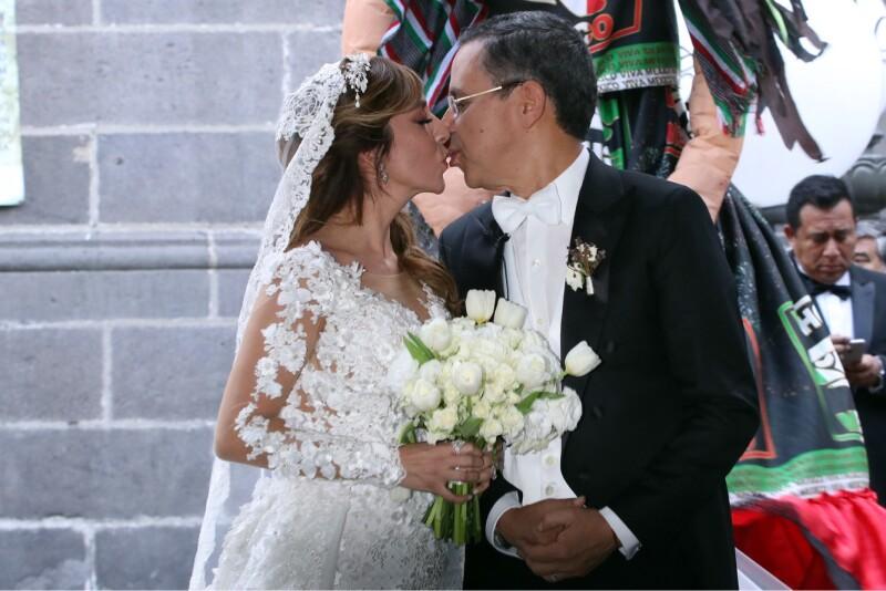 La boda del colaborador de AMLO César Yáñez y la empresaria Dulce Silva generó una fuerte polémica ante el discurso de austeridad del presidente electo.