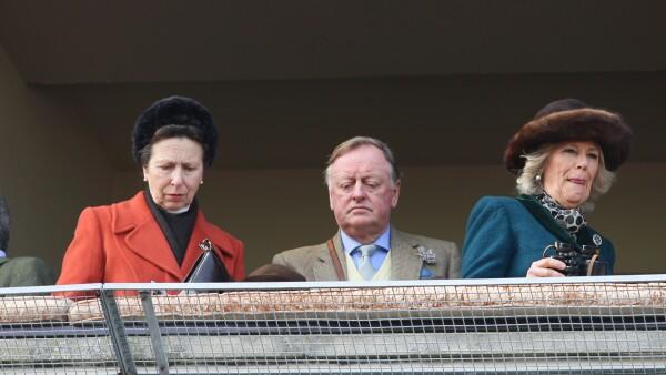Princesa Ana, Andrew Parker y la Camila de Cornualles