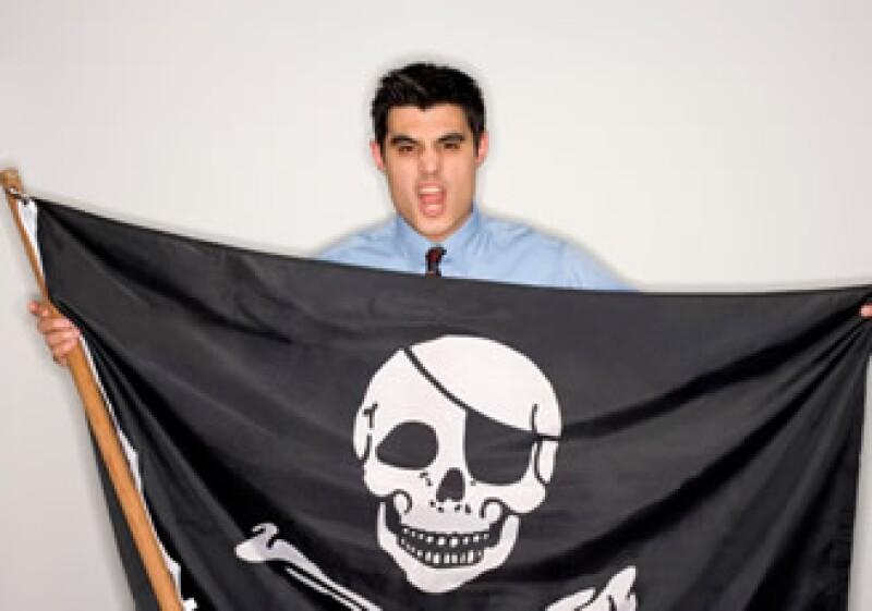 En el 2009, 8 de cada 10 personas compraron productos pirata, según Arturo Zamora del PRI. (Foto: Jupiter Images)