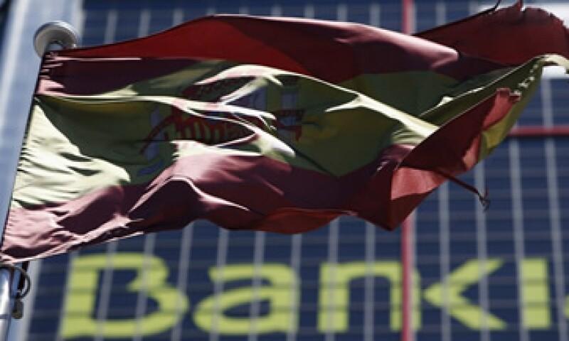 España se ha visto seriamente afectado por los problemas financieros que padece su sistema bancario. (Foto: Reuters)
