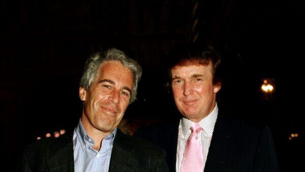 Donald Trump y Jeffrey Epstein 1.jpg
