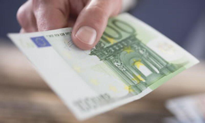 Los funcionarios buscan también fortalecer la supervisión de las políticas económicas de los países. (Foto: Getty Images)