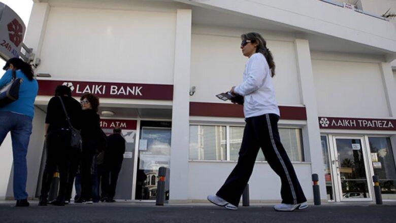 Funcionarios europeos y chipriotas habíanb temido que los ciudadanos buscaran sacar rápidamente su dinero de la banca.