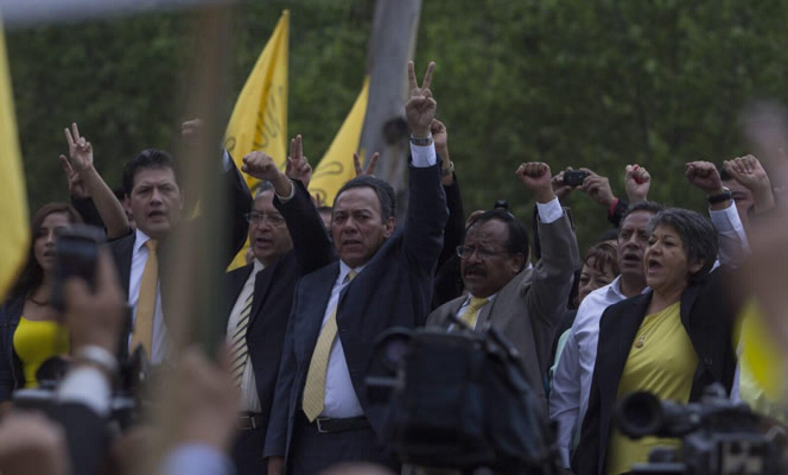 La protesta estuvo encabeza por la dirigencia del partido del sol azteca.