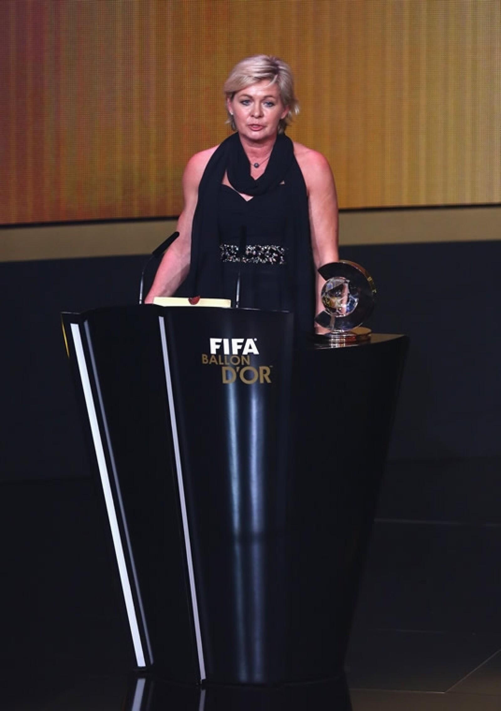 Balón de Oro Silvia Nei