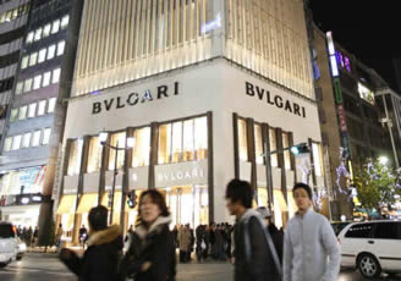Con el acuerdo, la familia Bulgari entrará en el capital de LVMH recibiendo 16.5 millones de títulos de la firma, convirtiéndose en el segundo accionista detrás de Bernard Arnault. (Foto: Reuters)