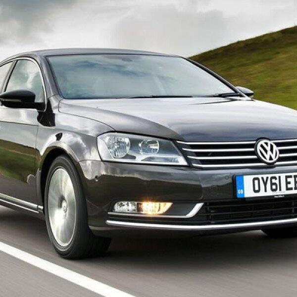 Volkswagen ocupa otra posición en este conteo, con 1,424  vehículos.