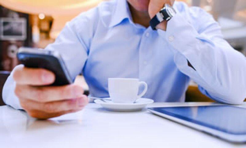 Para finales de 2013, unas 2,100 millones de personas en el mundo tendrán suscripciones de banda ancha móvil, según el texto. (Foto: Getty Images)