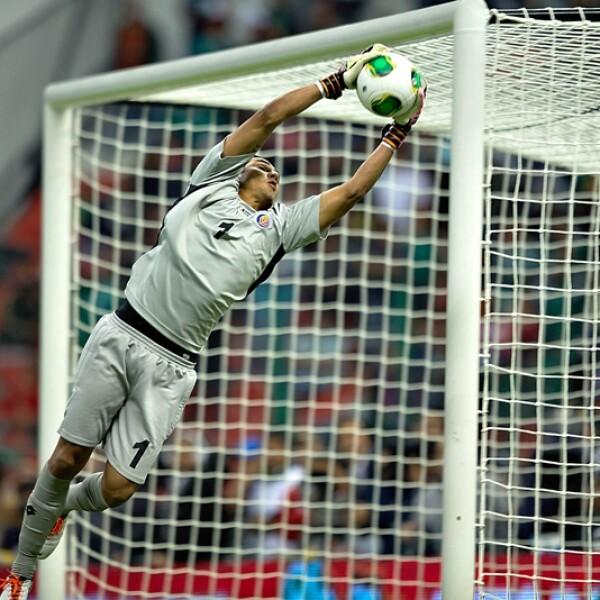 El portero Keylor Navas logró con sus atajadas y liderazgo mostrados en Brasil, unirse al Real Madrid