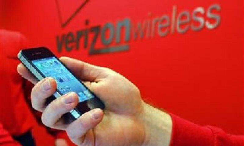 Los ingresos de Verizon subieron 2.8% a 27,500 mdd. (Foto: Reuters)
