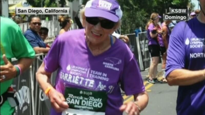 La mujer de 90 años aseguró a los medios que continuará corriendo si se mantiene en forma