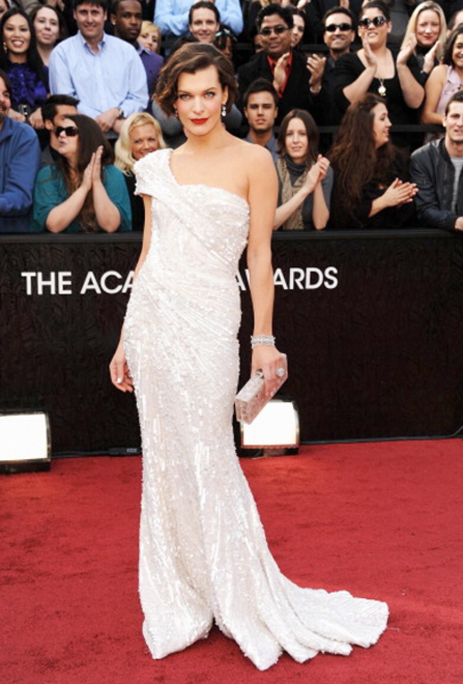 Éste es sin duda uno de nuestros looks favoritos de la actriz y modelo.