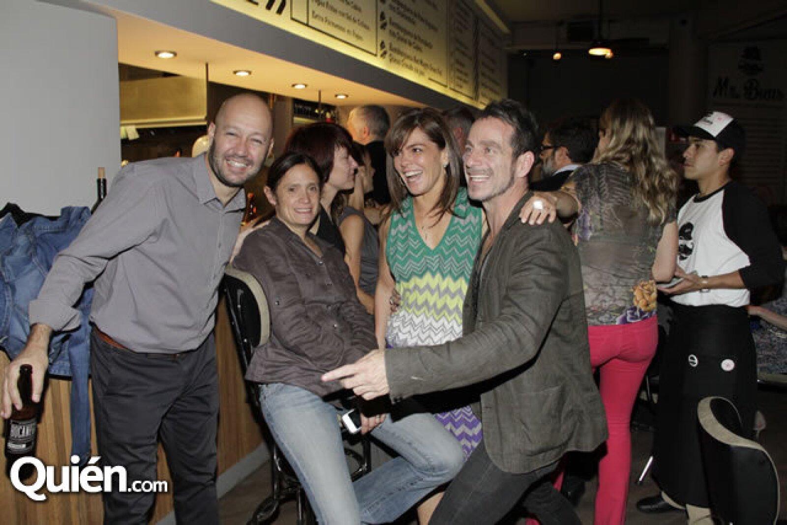 José Castillo,Saidee Springalall,Lara Becerra,Paola Ruíz,Michel Rojkind,Rocío Pizarro