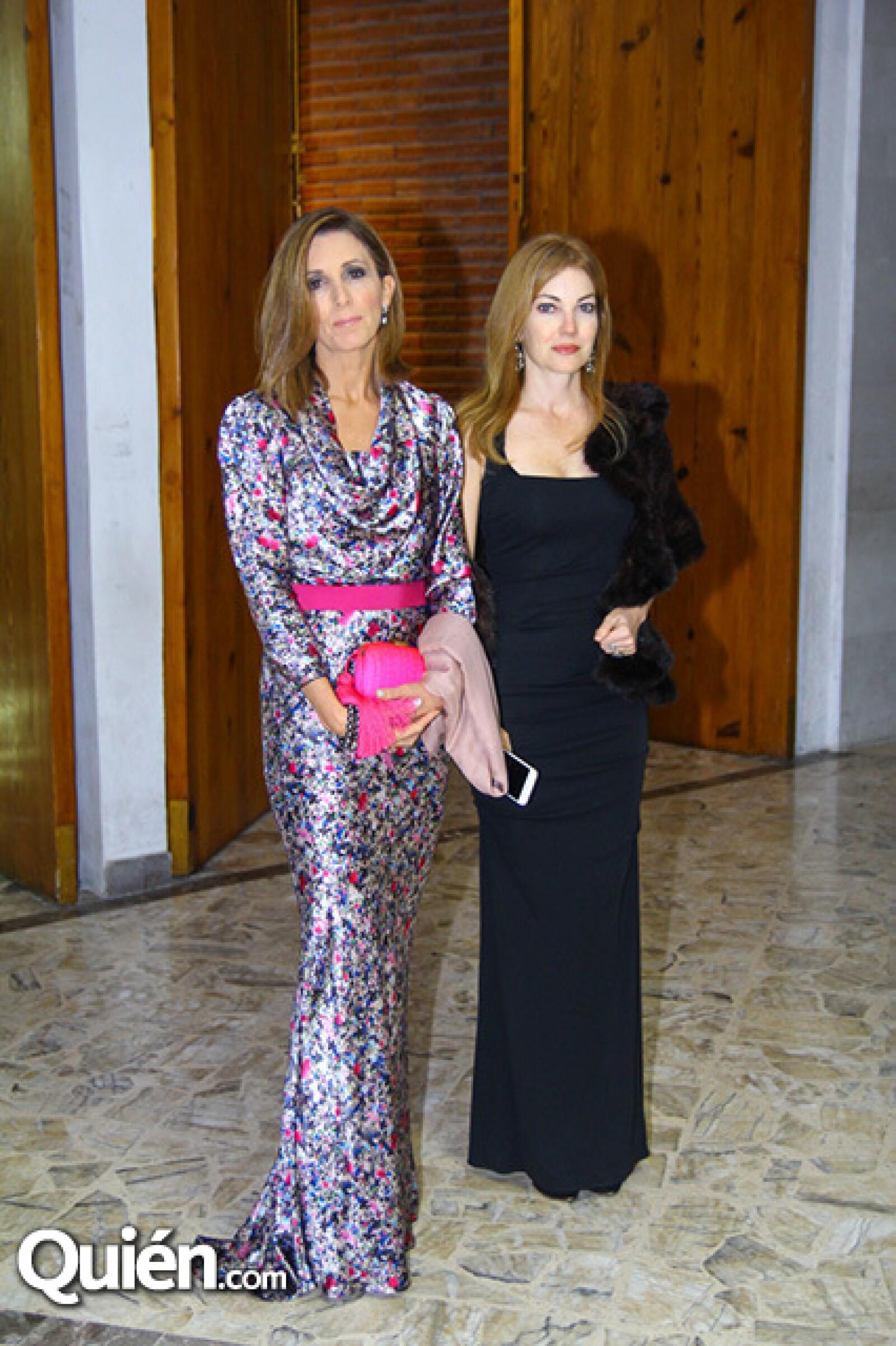 Pilar Madero de Frezzini y Alejandra Domínguez de Fernández