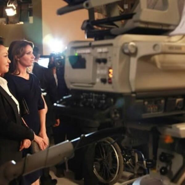 Visita de Peng Liyuan a Televisa San Angel