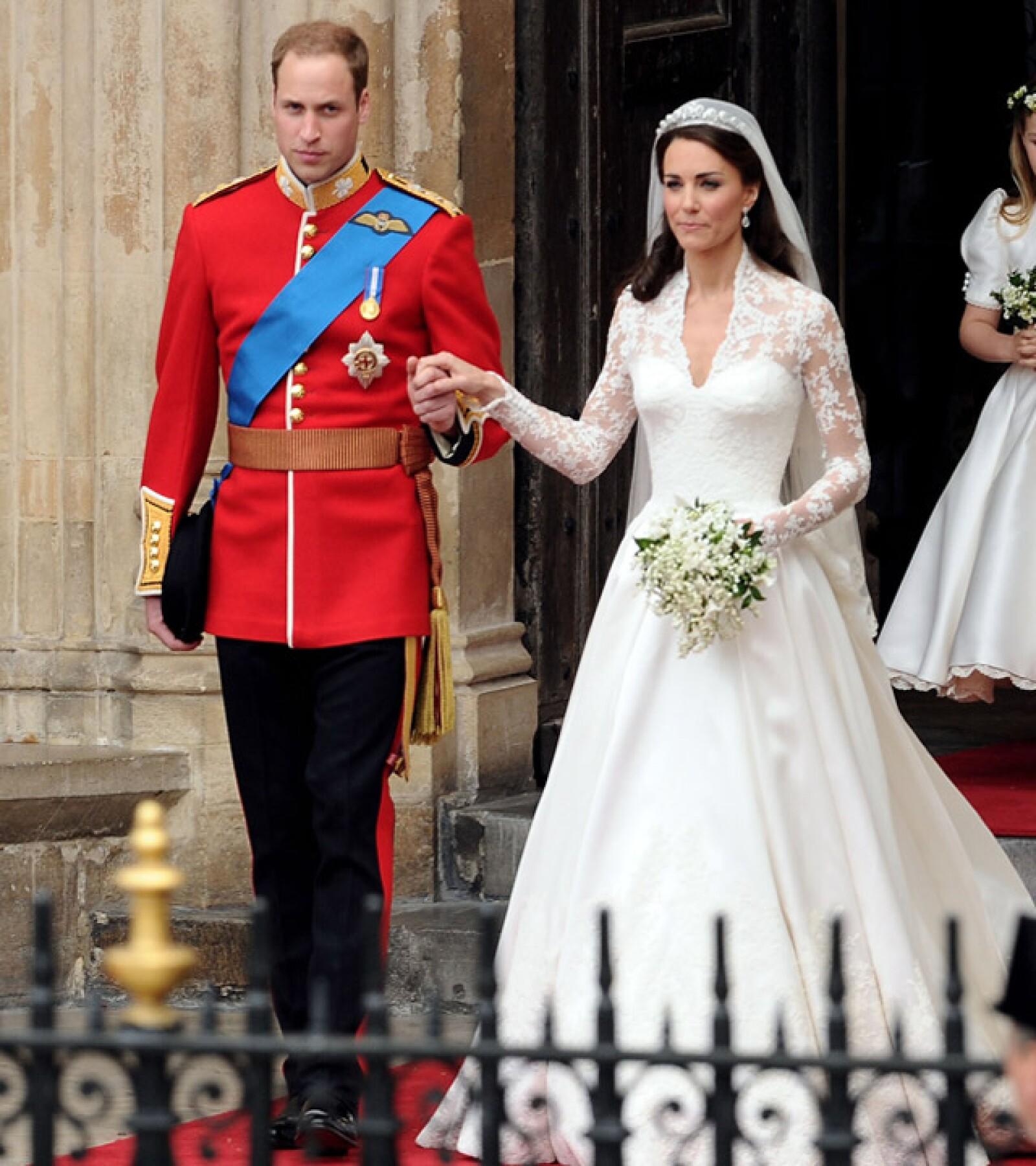 Diseñado por Sarah Burton, directora creativa de Alexander Moqueen, su vestido de novia se caracterizó por su sencillez y buen gusto.
