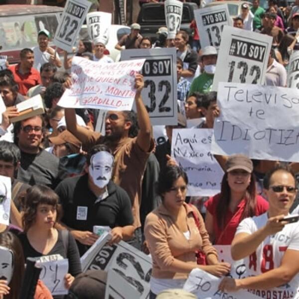 Yosoy132 se manifiesta en zacatecas durante visita de peña nieto