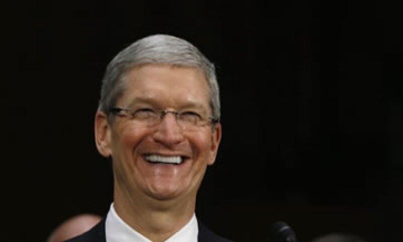Tim Cook, CEO de Apple, compareció ante el Senado estadounidense tras la divulgación de un informe sobre las prácticas fiscales de la compañía.  (Foto: Reuters)