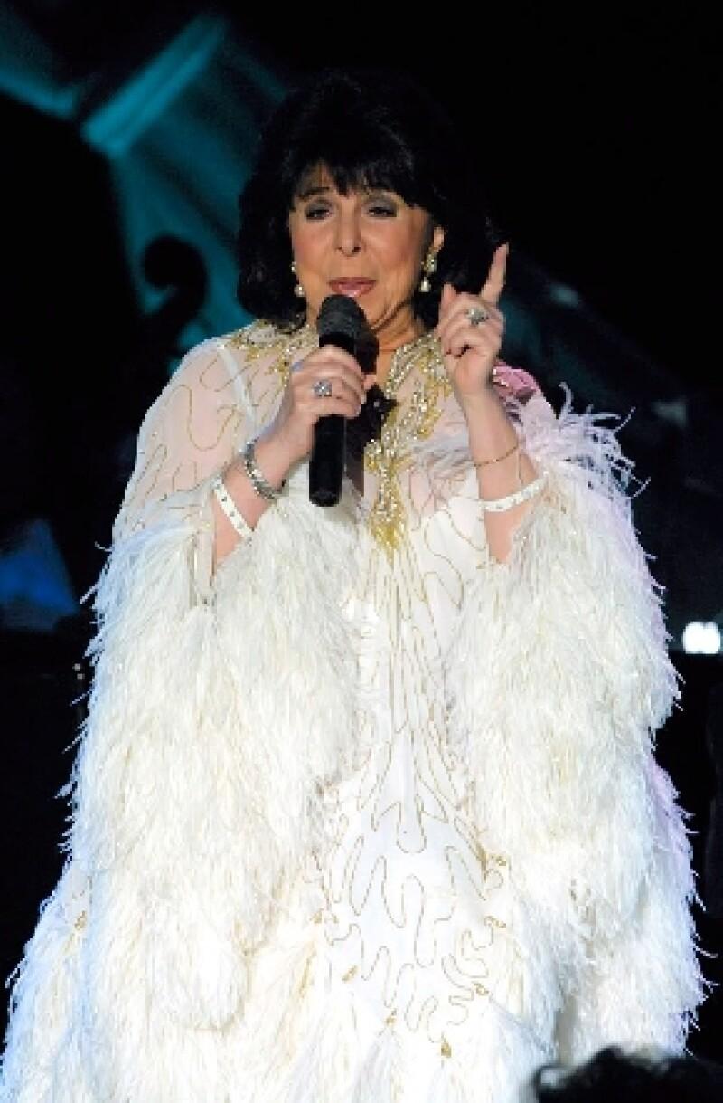 La estadounidense que alguna vez grabara en español éxitos de bolero con el trío mexicano Los Panchos, falleció este sábado tras una corta enfermedad que no fue precisada.