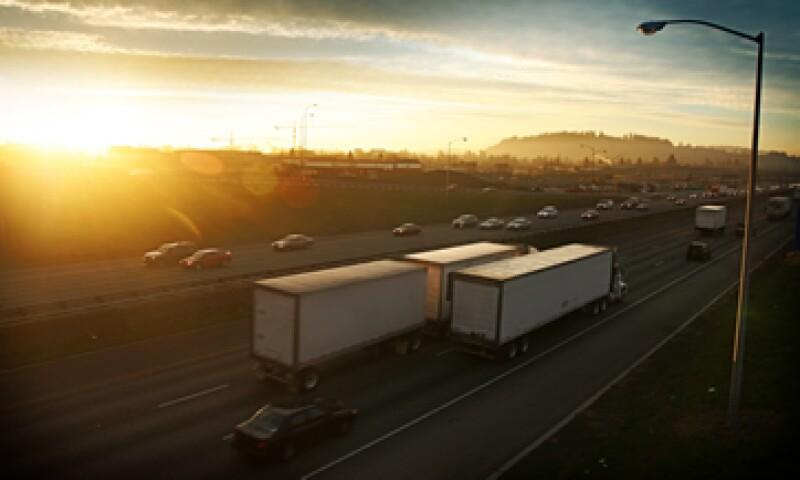 El programa tiene como objetivo demostrar que los transportistas mexicanos operan en forma segura en EU. (Foto: Getty Images)
