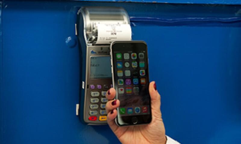 Schultz dice que Apple Pay ayudará a aumentar la confianza en los pagos móviles. (Foto: Getty Images)